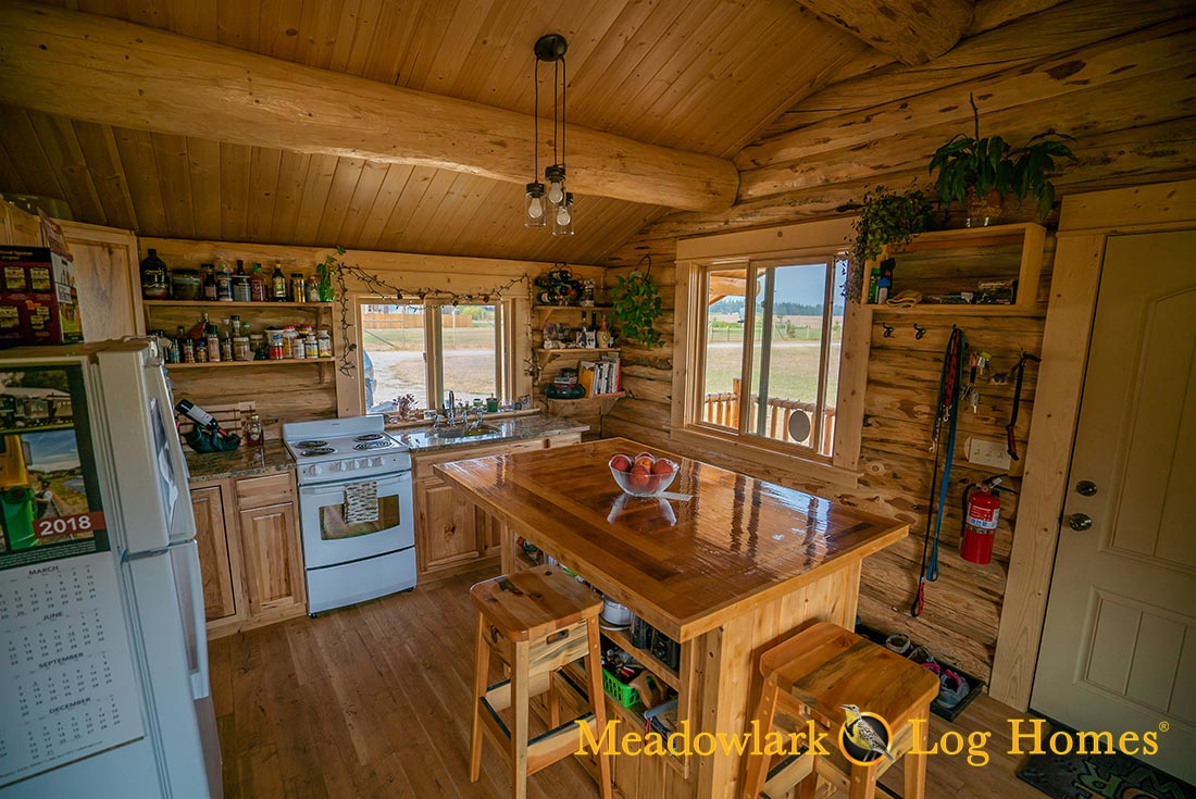 Montana Cabin 18x24 - Meadowlark Log Homes
